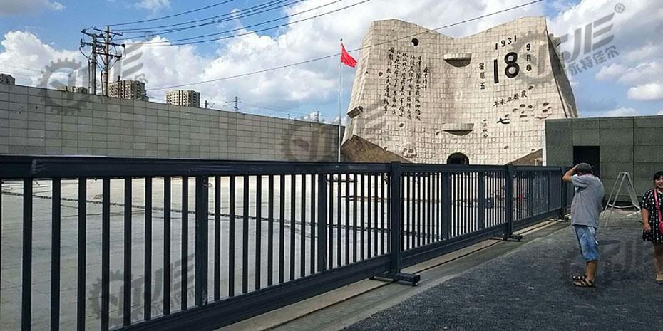 博物馆大门,博物馆大门案例,永特佳尔分段门