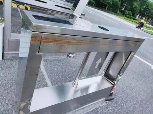 通道闸不锈钢的为何会生锈 通道闸生锈怎么办 沈阳通道闸厂家永特佳尔
