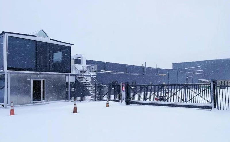 抗冻大门,东北户外大门,户外大门生产厂家,户外悬浮门